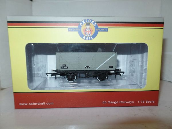 Oxford Rail OR76MW7013B MW7013B 7 Plank Wagon BR British Railways Grey P58699